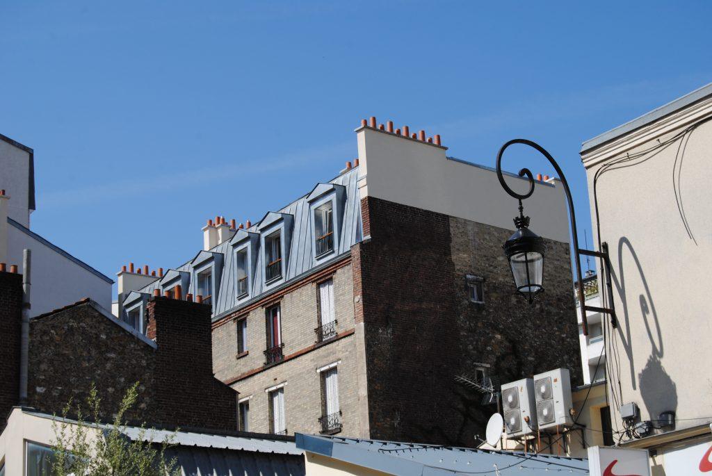 Bâtisse style ancien dans une région urbaine